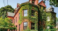 """December 2018 This John Calvin Stevens townhouse is ready to welcome a new family to the West End.<!-- AddThis Sharing Buttons below --><!-- AddThis Sharing Buttons below -->                 <div class=""""addthis_toolbox addthis_default_style addthis_"""" addthis:url='http://www.portlandmonthly.com/portmag/2018/11/hunt-club/' addthis:title='Hunt Club' >                     <a class=""""addthis_button_preferred_1""""></a>                     <a class=""""addthis_button_preferred_2""""></a>                     <a class=""""addthis_button_preferred_3""""></a>                     <a class=""""addthis_button_preferred_4""""></a>                     <a class=""""addthis_button_compact""""></a>                     <a class=""""addthis_counter addthis_bubble_style""""></a>                 </div>"""